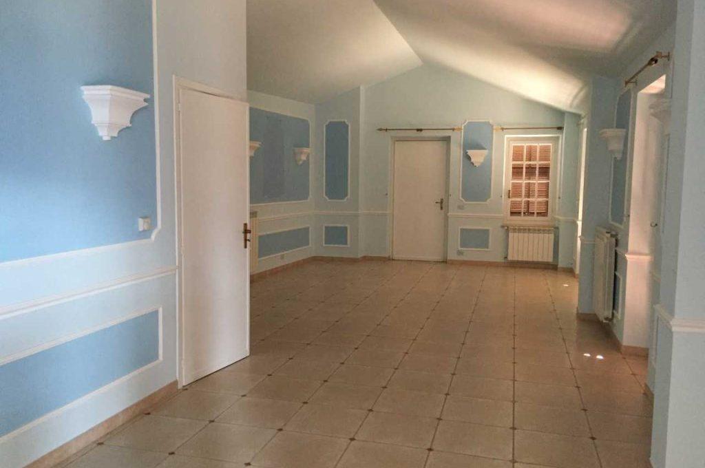 casa_semindipendente-in-vendita-a-ventimiglia3